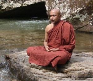 Ochtenden en avonden met Bhante Seelagawesi Thero (Sri Lanka)